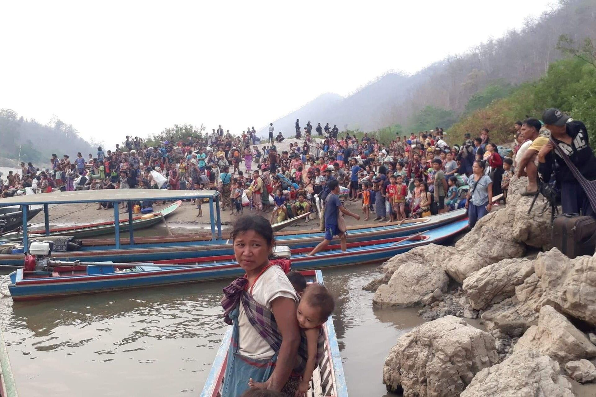 Hơn một ngàn người Myanmar tị nạn ở Thái Lan đã trở về nhà - Sputnik Việt Nam, 1920, 30.03.2021