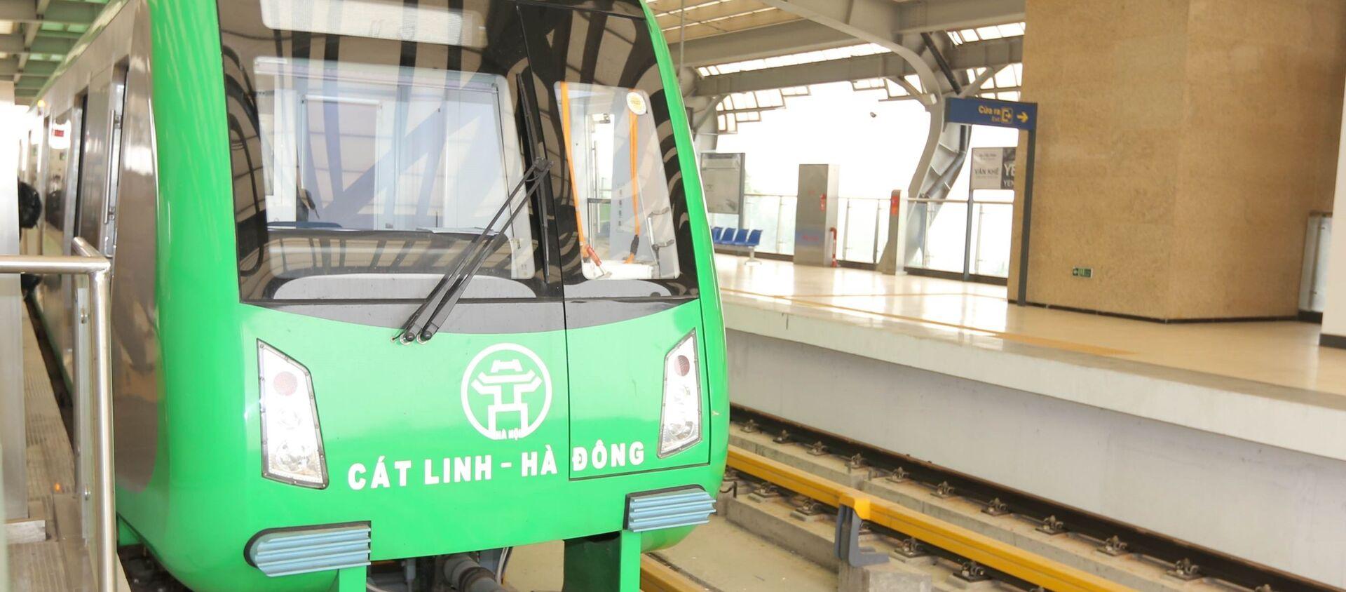 Tàu đường sắt tuyến Cát Linh - Hà Đông có tốc độ thiết kế tối đa 80 km/h. - Sputnik Việt Nam, 1920, 31.03.2021