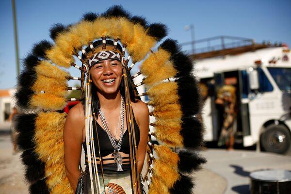 Vũ nữ trong lễ kỷ hội Tuần Thánh ở Ciudad Juarez, Mexico - Sputnik Việt Nam