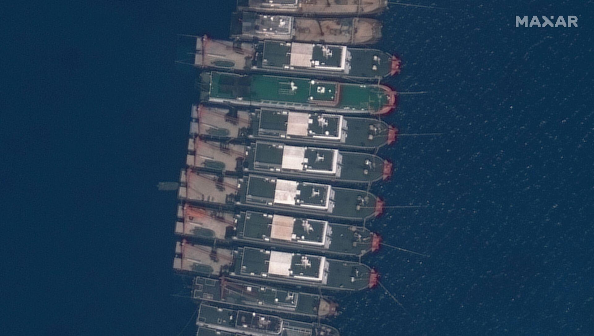 Tàu cá Trung Quốc tập trung quanh đá Ba Đầu  - Sputnik Việt Nam, 1920, 19.04.2021
