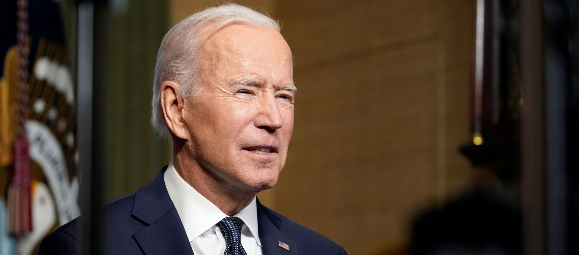 U.S. President Joe Biden leaves delivers remarks on his plan to withdraw American troops from Afghanistan, at the White House, Washington, U.S., April 14, 2021. - Sputnik Việt Nam, 1920, 15.04.2021