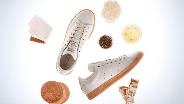 Adidas sản xuất giày thể thao Stan Smith Mylo từ nguyên liệu nấm. - Sputnik Việt Nam