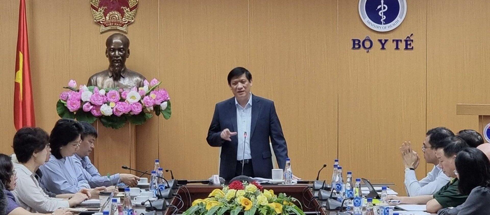 Bộ trưởng Bộ Y tế Nguyễn Thanh Long phát biểu. - Sputnik Việt Nam, 1920, 23.04.2021