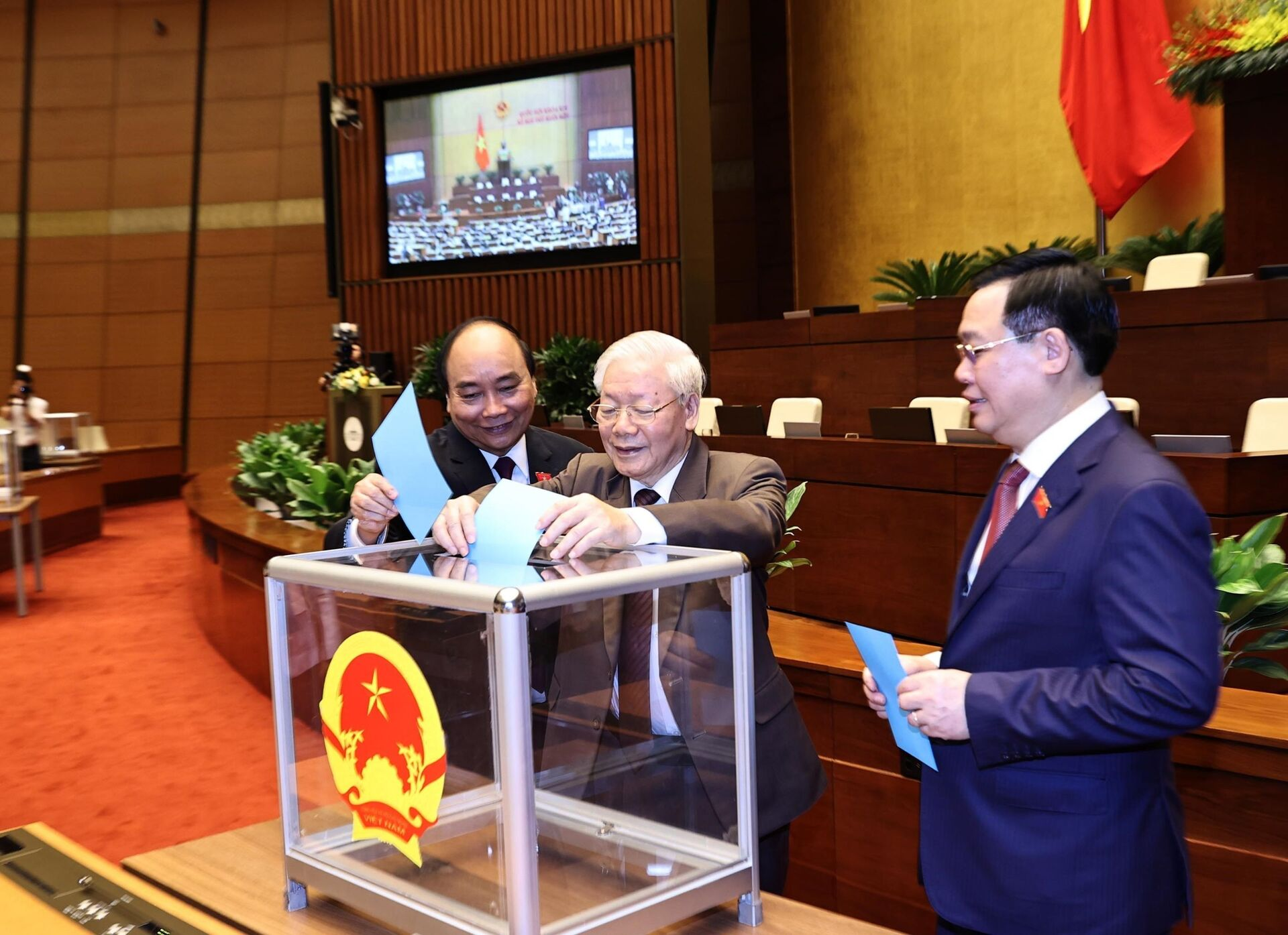 Các lãnh đạo cao nhất của Việt Nam ứng cử ĐBQH ở đâu? - Sputnik Việt Nam, 1920, 20.04.2021