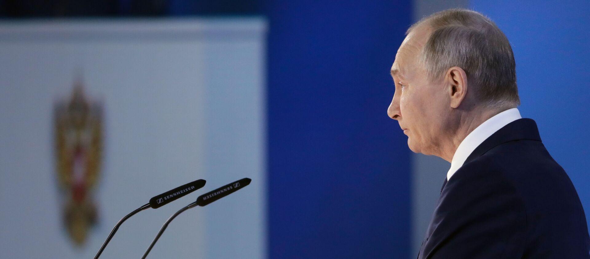 Thông điệp của Tổng thống Vladimir Putin gửi Quốc hội Liên bang - Sputnik Việt Nam, 1920, 22.04.2021
