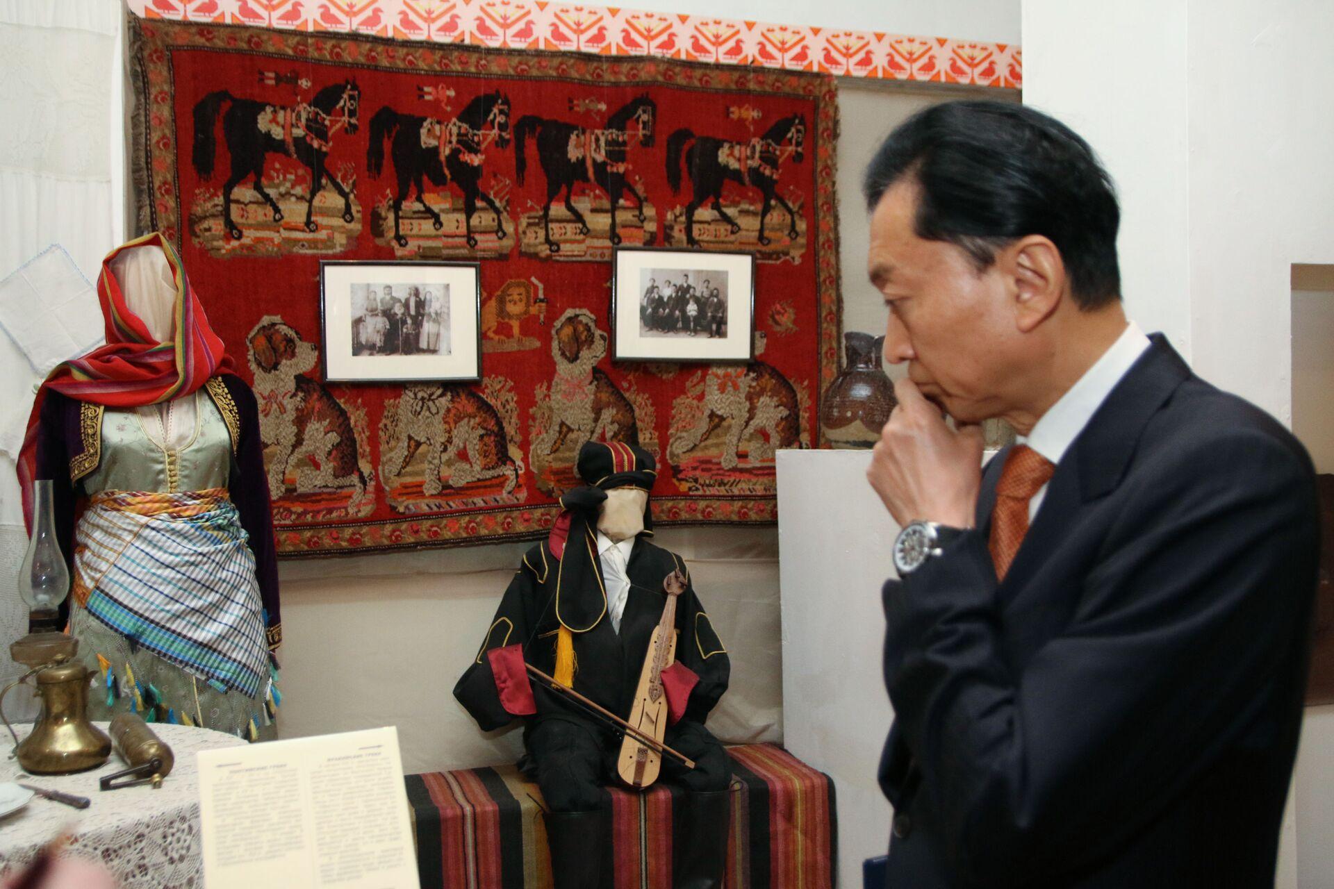 Cựu Thủ tướng Nhật Bản phát biểu về Crưm và hành vi phá hoại của Mỹ - Sputnik Việt Nam, 1920, 21.04.2021