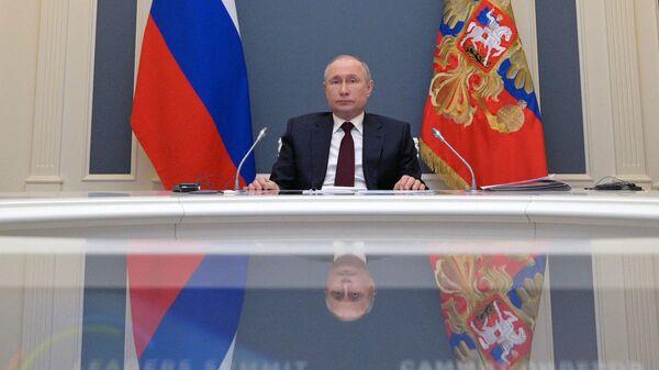 Tổng thống Nga Vladimir Putin tại Hội nghị thượng đỉnh về khí hậu theo điịnh dạng hội thào video. - Sputnik Việt Nam