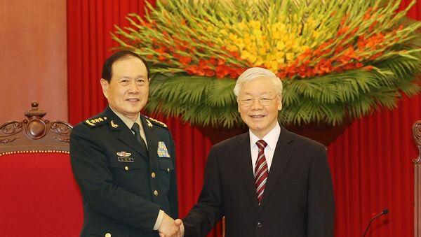 Tổng Bí thư Nguyễn Phú Trọng, Bí thư Quân ủy Trung ương tiếp Bộ trưởng Bộ Quốc phòng Trung Quốc Ngụy Phượng Hòa - Sputnik Việt Nam
