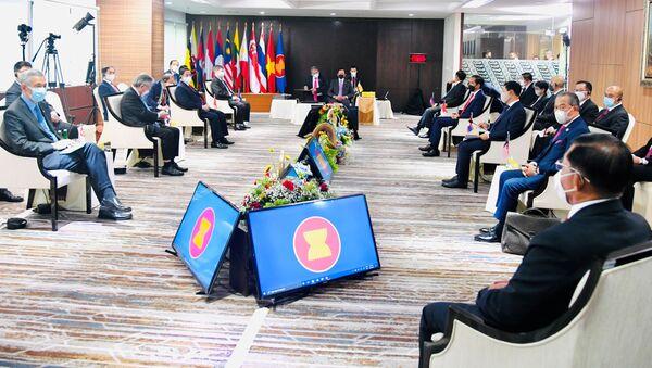 Hội nghị thượng đỉnh các nhà lãnh đạo ASEAN tại Jakarta. - Sputnik Việt Nam
