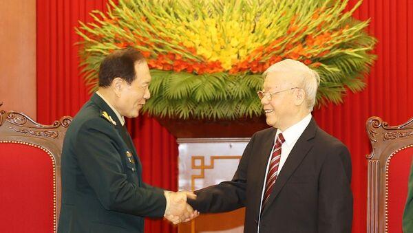 Tổng Bí thư Nguyễn Phú Trọng, Bí thư Quân ủy Trung ương tiếp Bộ trưởng Bộ Quốc phòng Trung Quốc Ngụy Phượng Hòa. - Sputnik Việt Nam