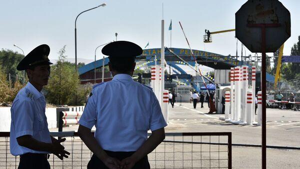 Các nhân viên biên phòng Kyrgyzstan. - Sputnik Việt Nam