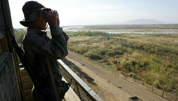Nhân viên biên phòng Tajikistan. - Sputnik Việt Nam