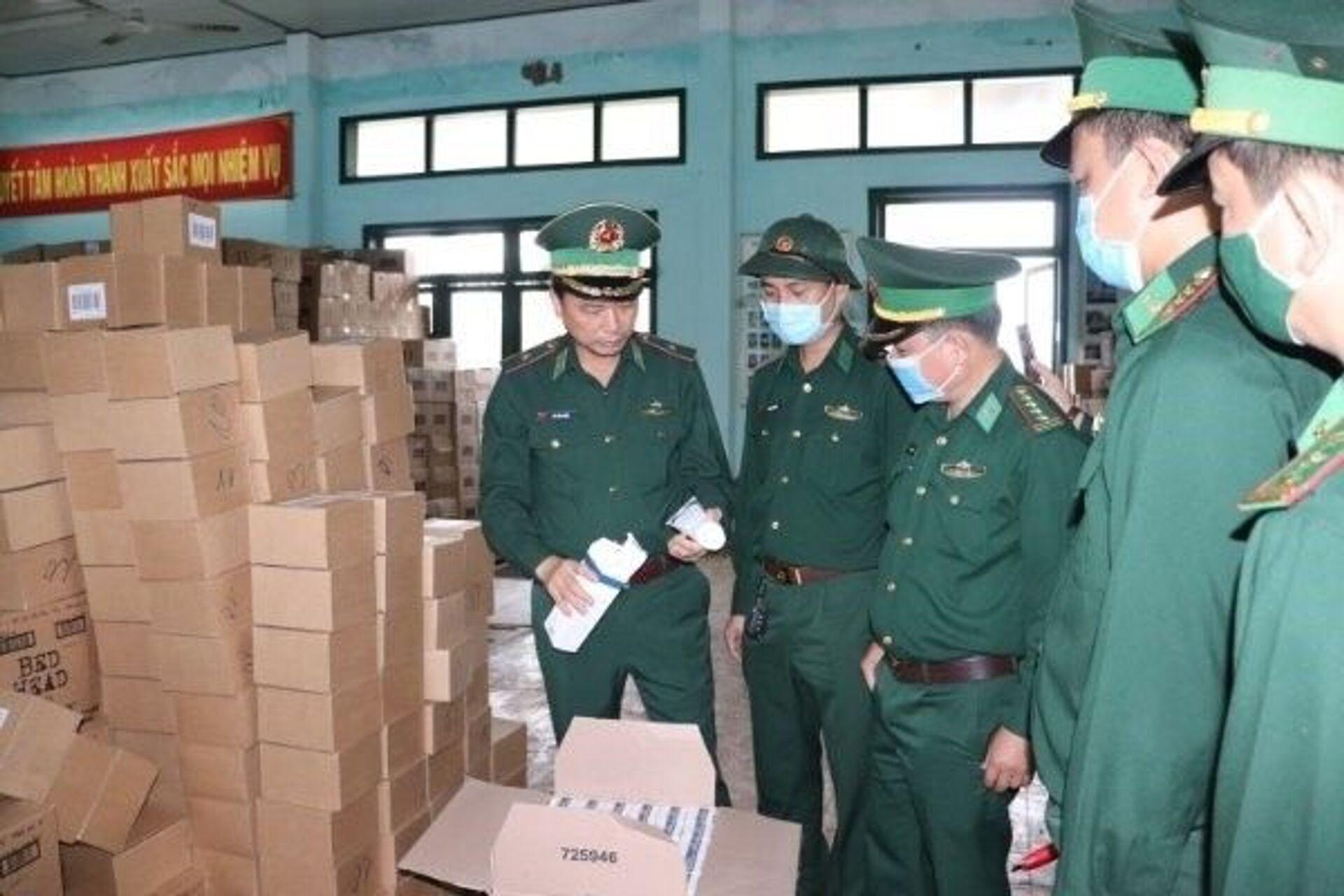 Ngành Hải quan đạt kết quả khả quan về thu ngân sách và chống buôn lậu - Sputnik Việt Nam, 1920, 02.05.2021