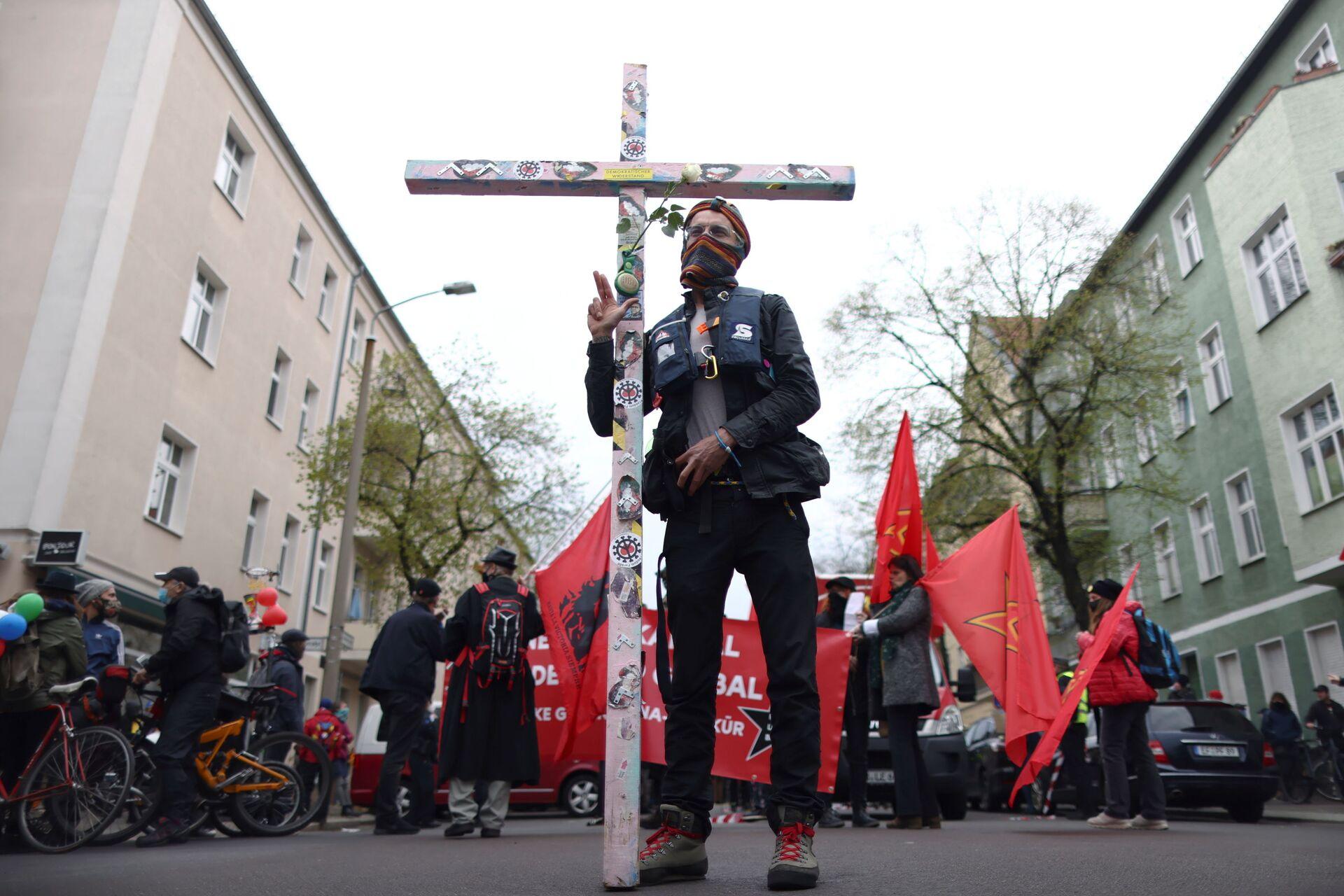 Ngày 1 tháng Năm đẫm máu ở châu Âu: Dân chúng bị bần cùng hóa chống lực lượng cảnh sát - Sputnik Việt Nam, 1920, 03.05.2021