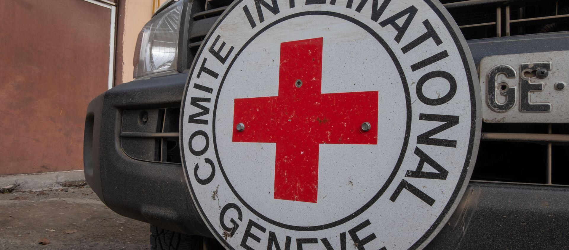 Xe cứu trợ của Hiệp Hội Chữ thập đỏ và Trăng lưỡi liềm đỏ quốc tế (ICRC) - Sputnik Việt Nam, 1920, 08.05.2021