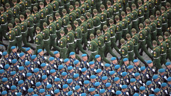 Các quân nhân tham gia cuộc diễu binh binh ở Moskva - Sputnik Việt Nam