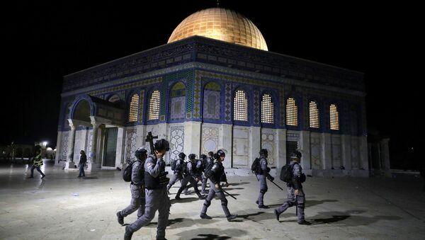 Сuộc đụng độ giữa cảnh sát Israel và người Palestine ở Đông Jerusalem - Sputnik Việt Nam