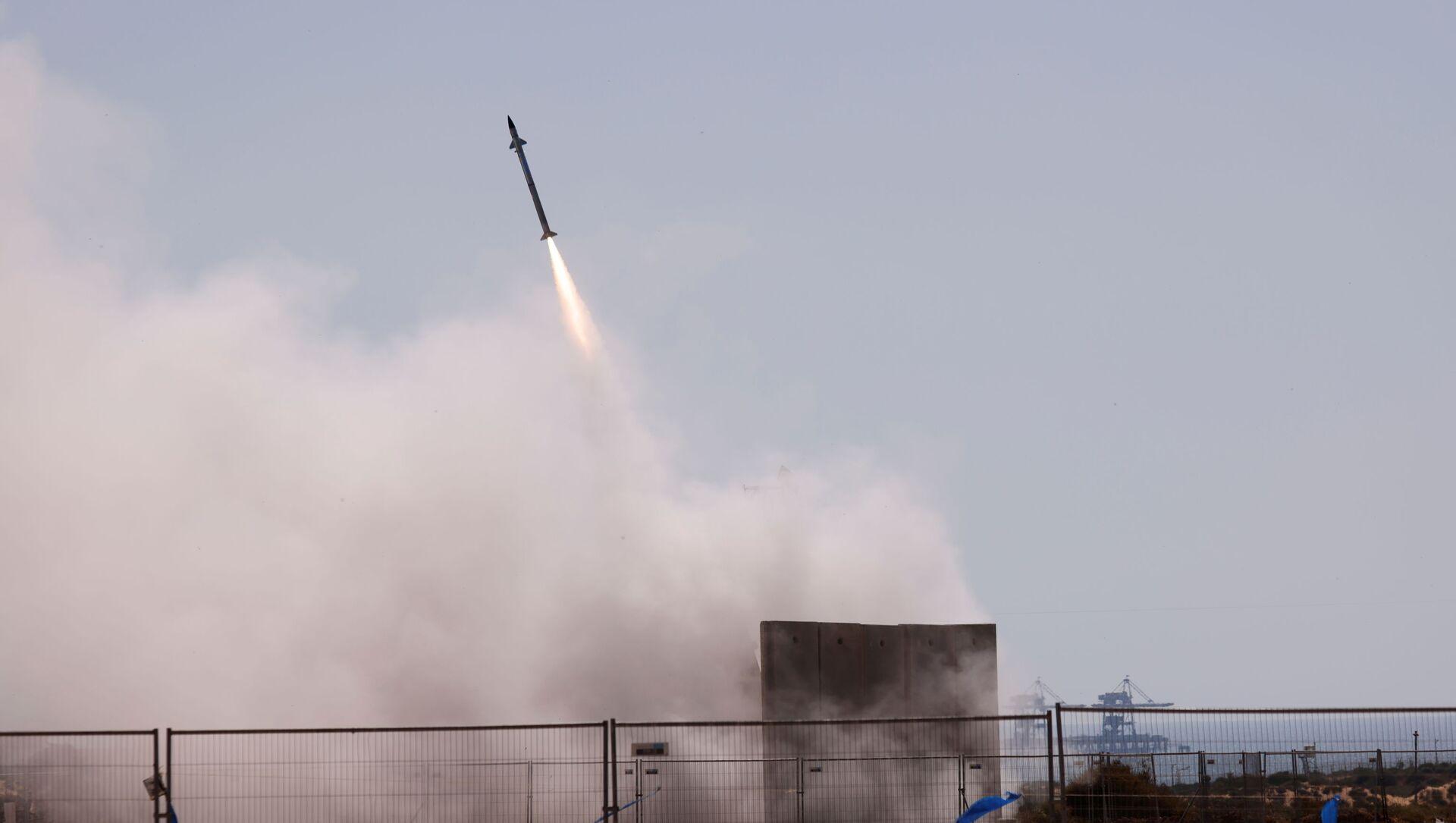 Tên lửa trong hệ thống phòng thủ chống tên lửa Vòm Sắt của Israel. - Sputnik Việt Nam, 1920, 19.05.2021