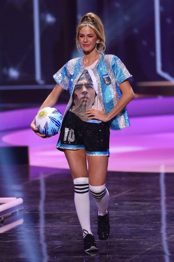 Hoa hậu Argentina Alina Akselrad trong buổi trình diễn trang phục dân tộc của cuộc thi Hoa hậu Hoàn vũ lần thứ 69 - Sputnik Việt Nam