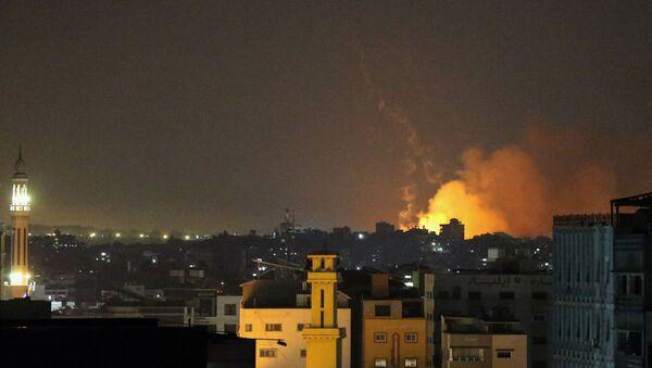 Lực lượng Phòng vệ Israel tấn công Dải Gaza  - Sputnik Việt Nam