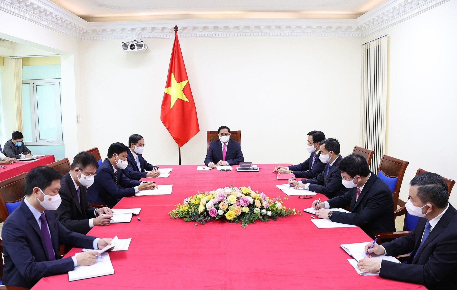 Thủ tướng Việt Nam thẳng thắn 'nhờ Nhật Bản' giúp đỡ: Tính mạng người dân là vô giá - Sputnik Việt Nam, 1920, 18.05.2021