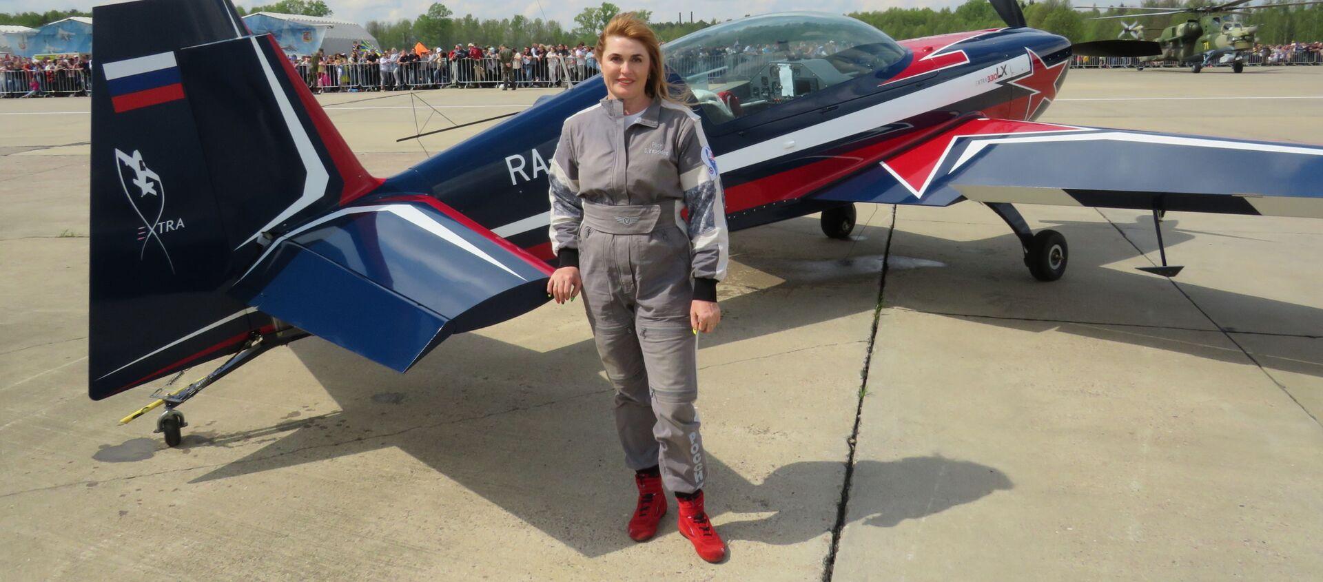 Svetlana Kapanina, phi công 7 lần vô địch thế giới tuyệt đối trong nội dung nữ của môn thể thao máy bay. - Sputnik Việt Nam, 1920, 20.05.2021