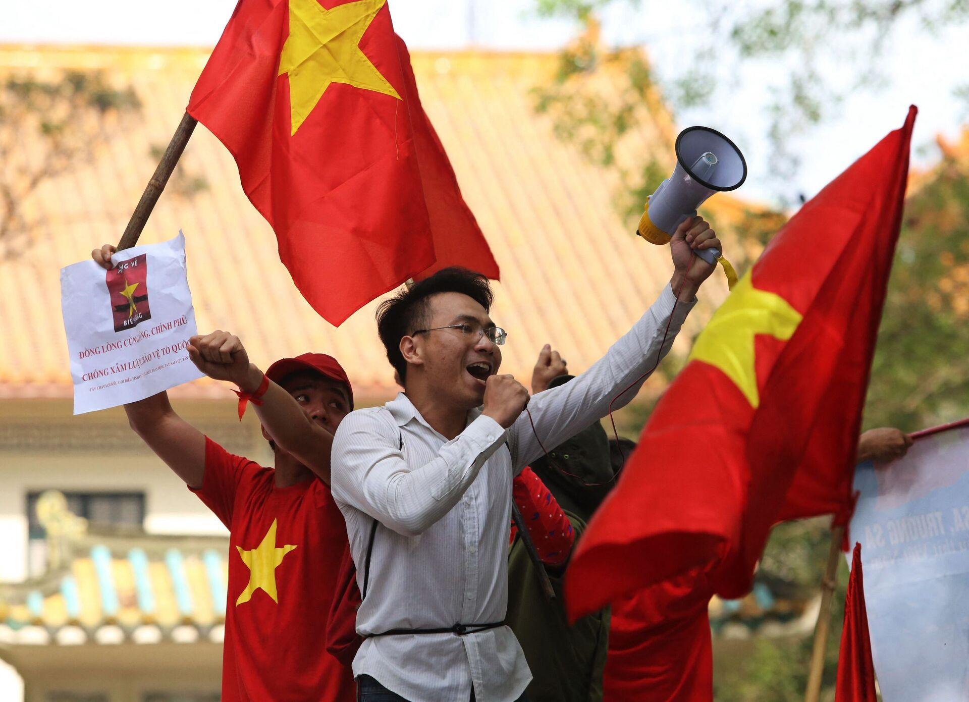 Việt Nam không muốn có vắc xin của Trung Quốc, nhưng có thể chống cự trong bao lâu? - Sputnik Việt Nam, 1920, 20.05.2021
