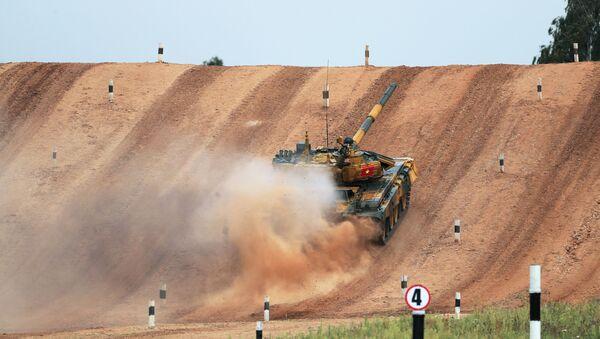 Xe tăng T-72 của Việt Nam. - Sputnik Việt Nam