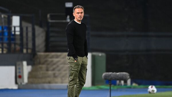 Huấn luyện viên trưởng đội tuyển Tây Ban Nha Luis Enrique. - Sputnik Việt Nam