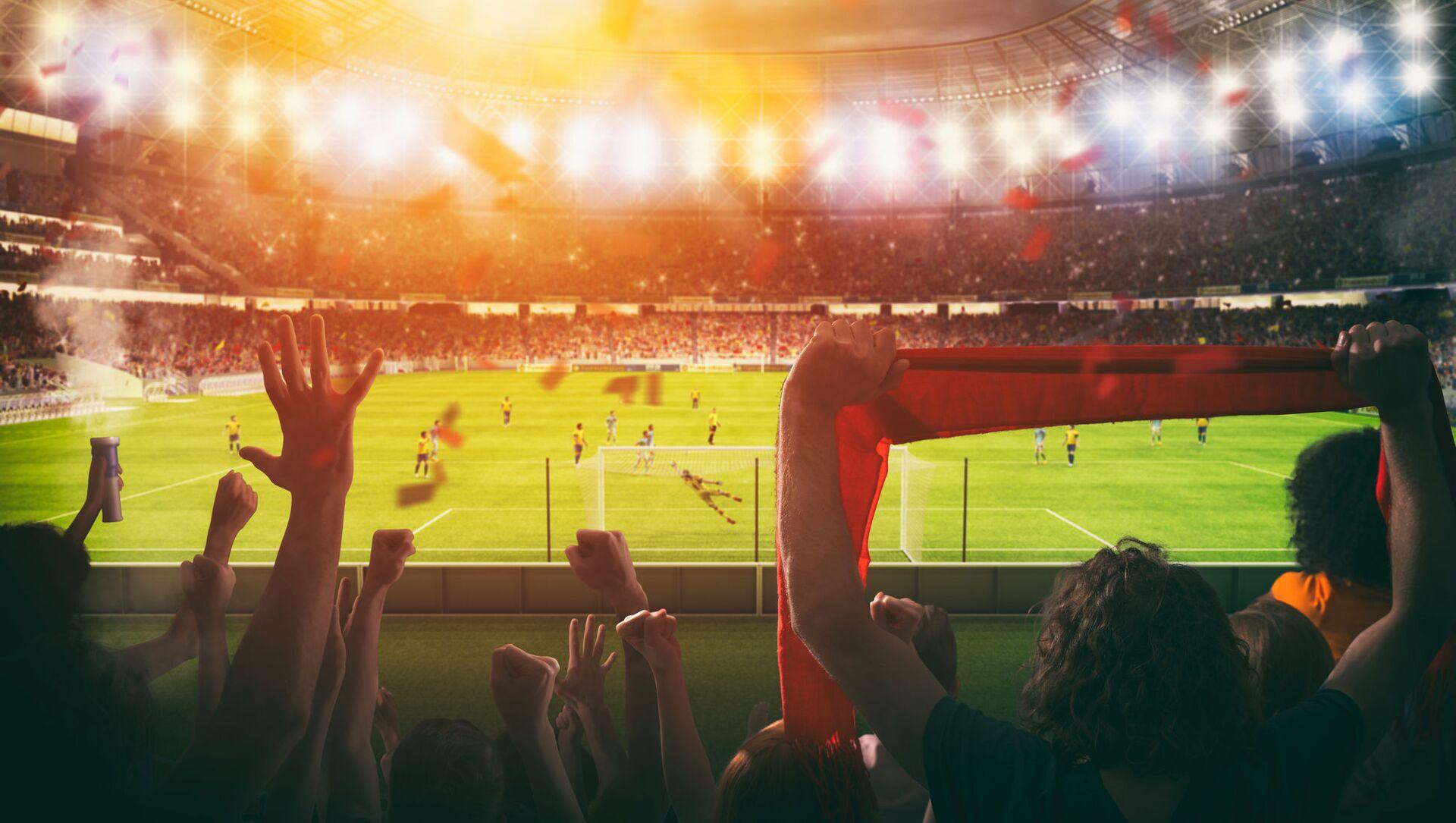 Người hâm mộ bóng đá tại sân vận động. - Sputnik Việt Nam, 1920, 31.05.2021