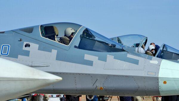 Máy bay chiến đấu hạng nặng Su-57  - Sputnik Việt Nam