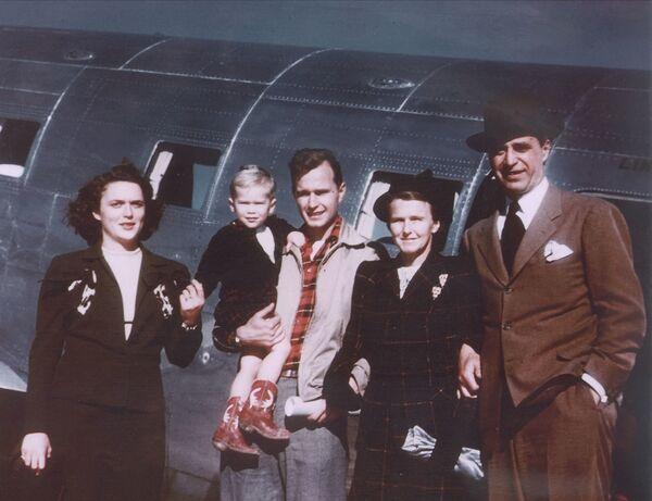 Gia đình George W. Bush ở Texas, năm 1948 - Sputnik Việt Nam