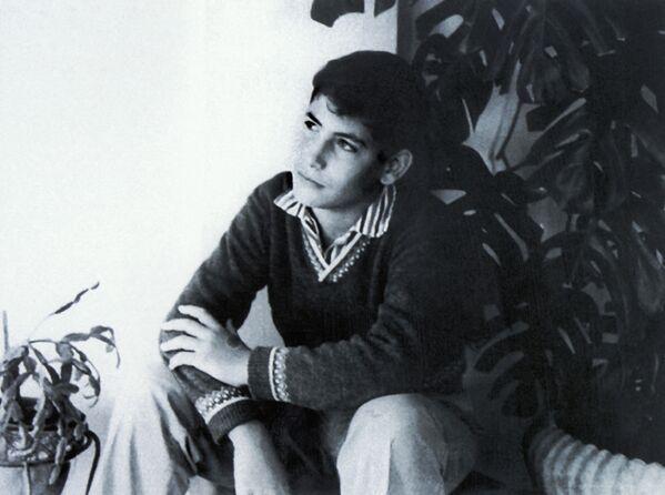 Thủ tướng Israel Benjamin Netanyahu thời niên thiếu, năm 1964 - Sputnik Việt Nam