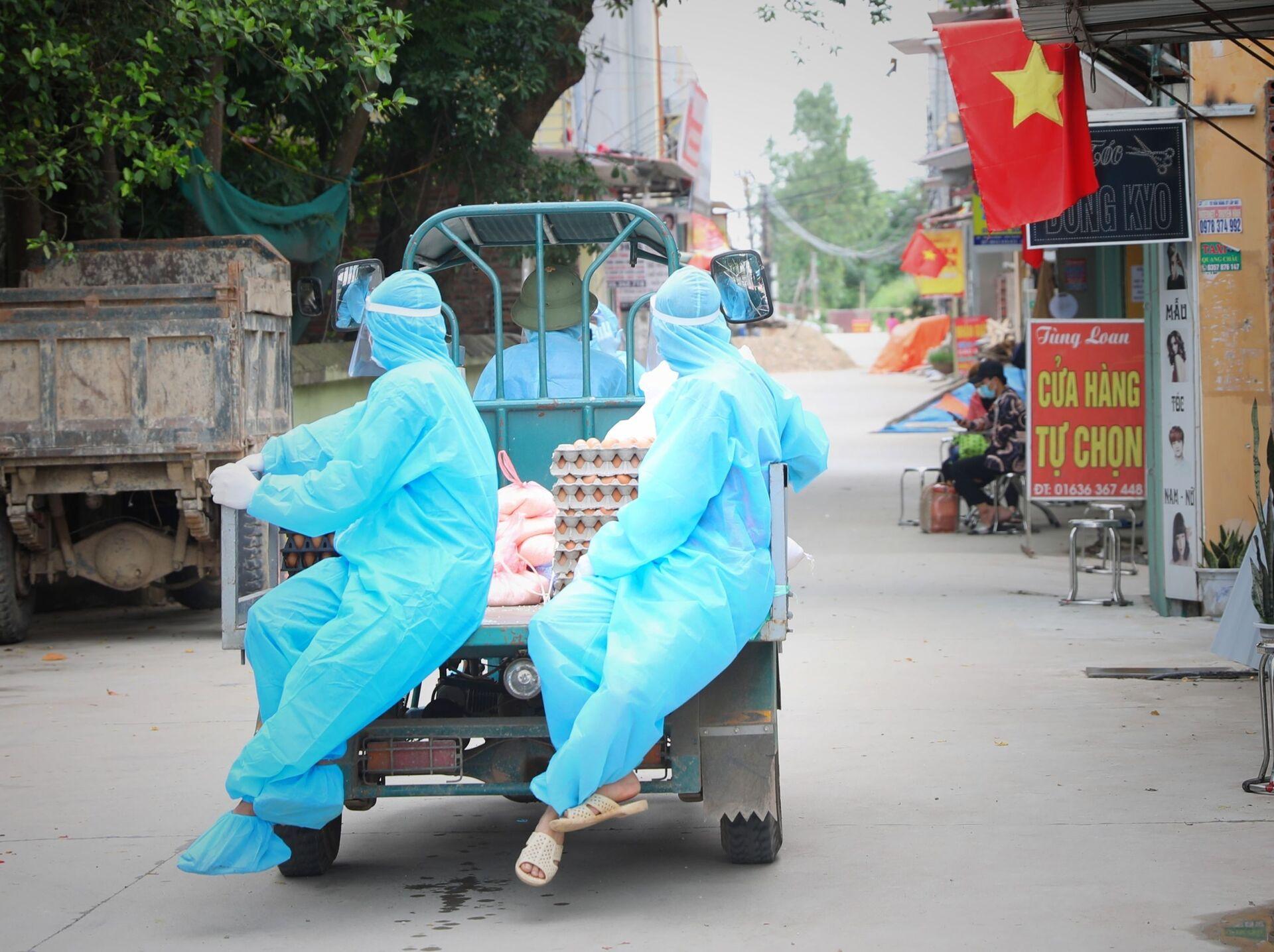 Việt Nam phê duyệt thử nghiệm Nanocovax giai đoạn 3, Tiền Giang giãn cách xã hội - Sputnik Việt Nam, 1920, 11.06.2021