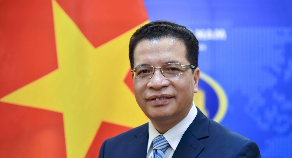 Thứ trưởng Bộ Ngoại giao Đặng Minh Khôi lên đường đảm nhận cương vị Đại sứ Nước CHXHCN Việt Nam tại Liên bang Nga nhiệm kỳ 2021 - 2024.