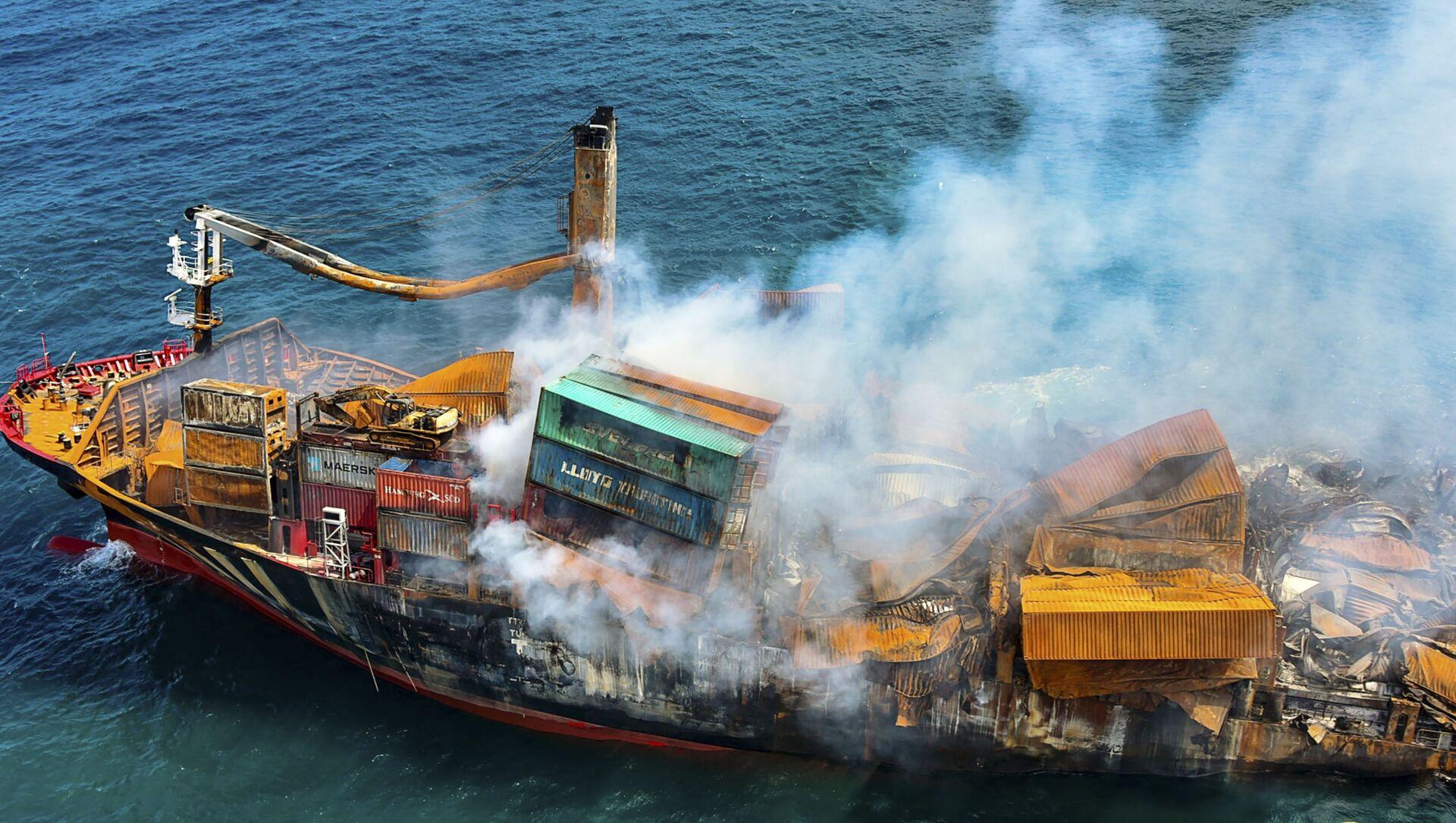 Thảm họa môi trường gần Sri Lanka: chuẩn bị cho sự cố tràn dầu  - Sputnik Việt Nam, 1920, 04.06.2021