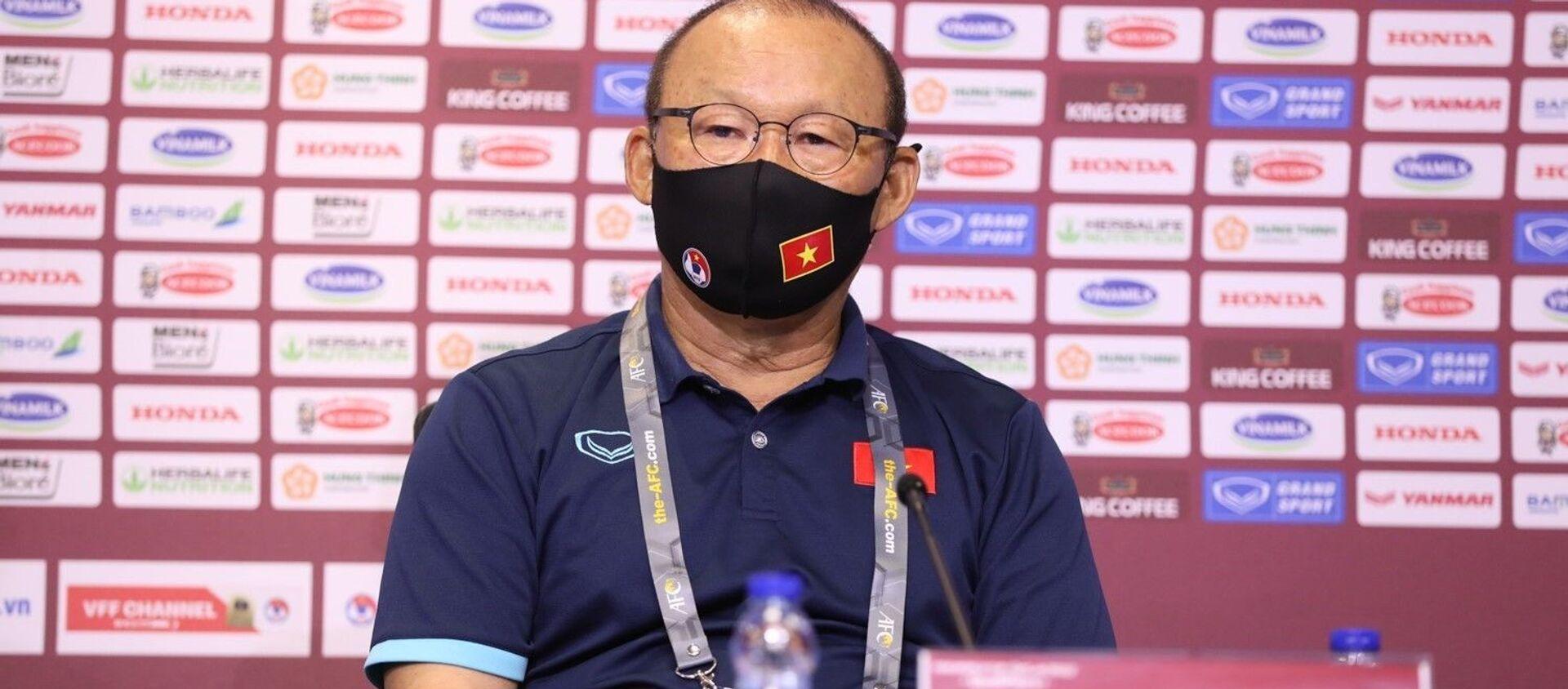 HLV Park Hang-seo cho biết mục tiêu của trận đấu này là sự chiến thắng của đội tuyển Việt Nam. - Sputnik Việt Nam, 1920, 08.06.2021