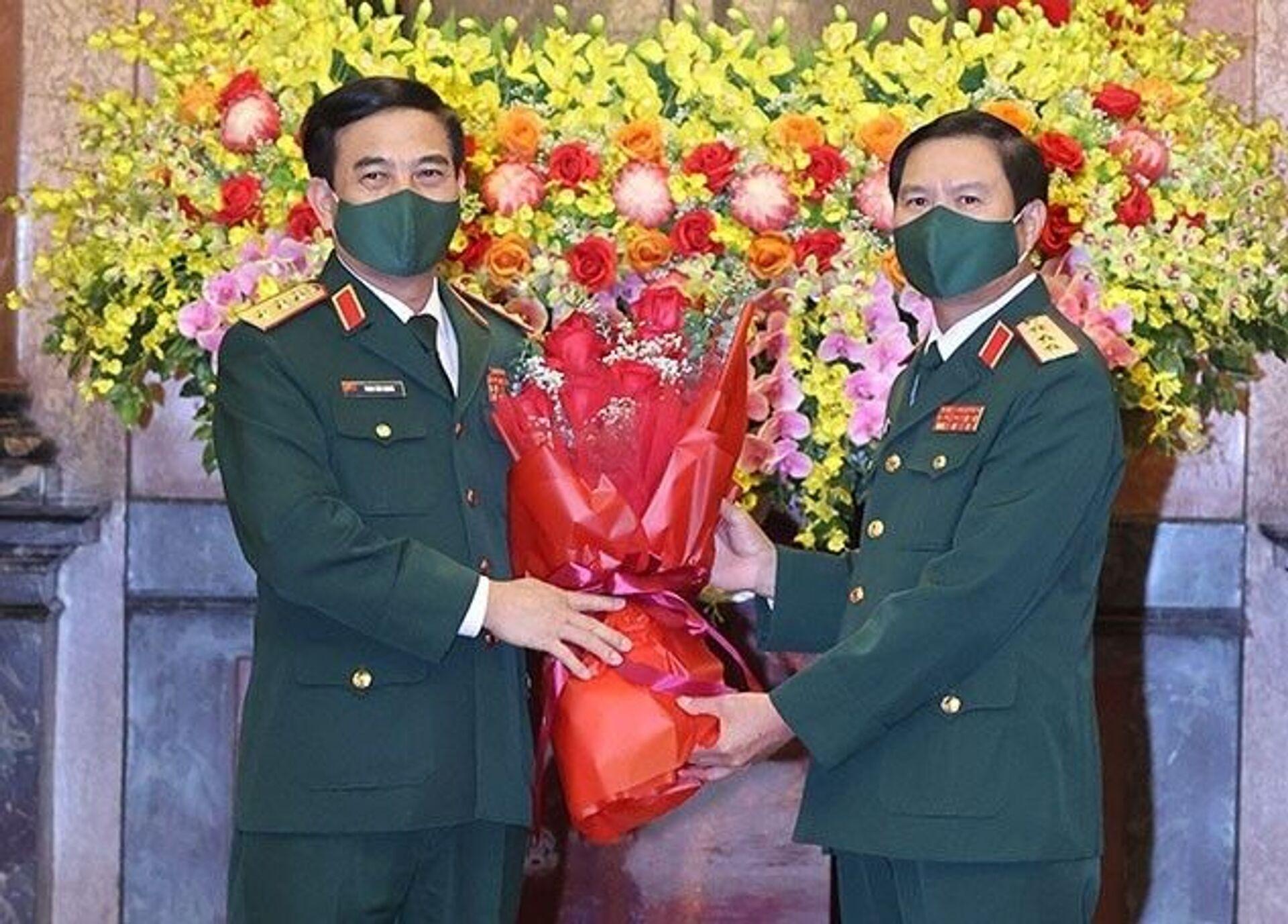Bốn Tướng Quân đội Việt Nam thôi làm Thứ trưởng. Bàn giao nhiệm vụ Tổng Tham mưu trưởng - Sputnik Việt Nam, 1920, 07.06.2021