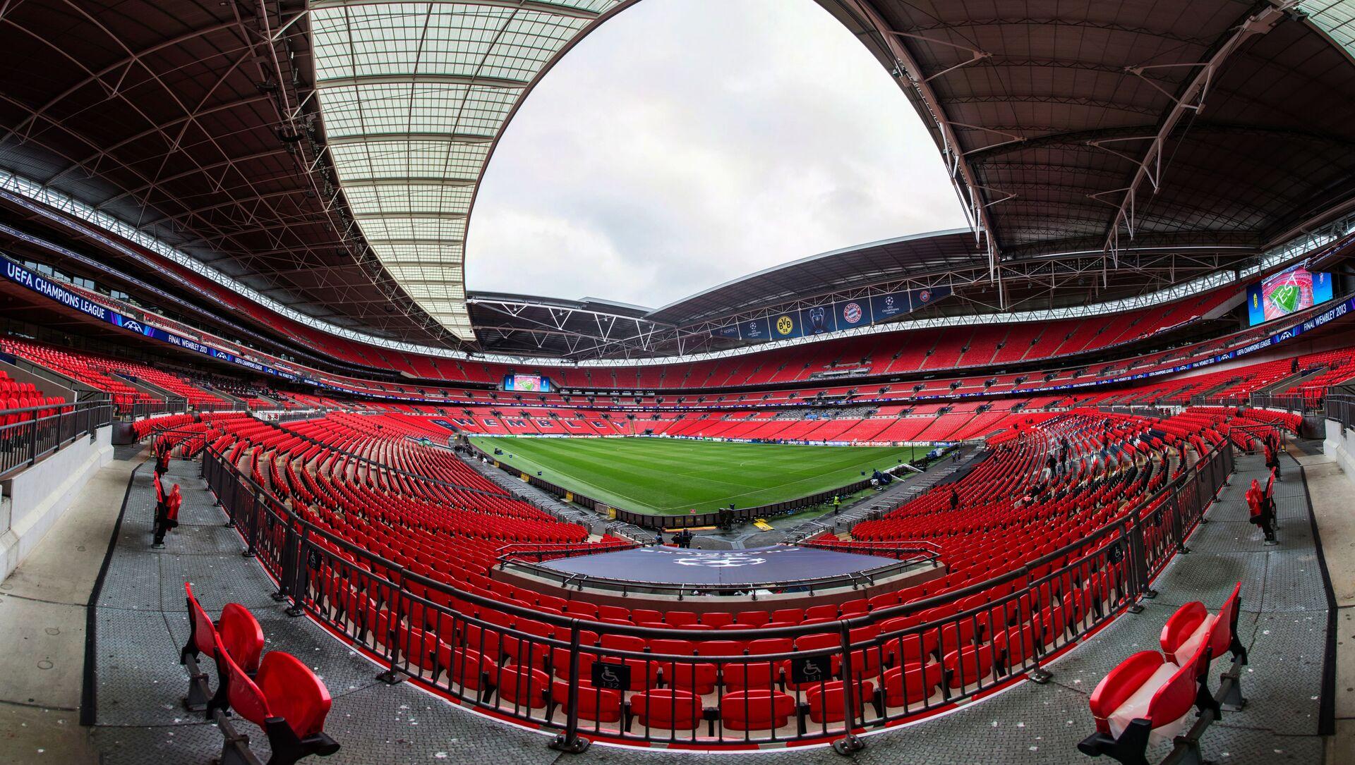 Sân vận động «Wembley» ở London (Anh), sẽ tổ chức 8 trận đấu: Anh - Croatia (13/6), Anh - Scotland (18/6), CH Séc - Anh (22/6), vòng 1/8 (26/6), 1/8 chung kết (29/6), Bán kết - Chung kết (6/7), Bán kết (7/7) và Chung kết (11/7). - Sputnik Việt Nam, 1920, 08.06.2021