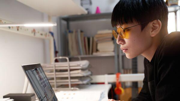 Trẻ em châu Á học trực tuyến - Sputnik Việt Nam