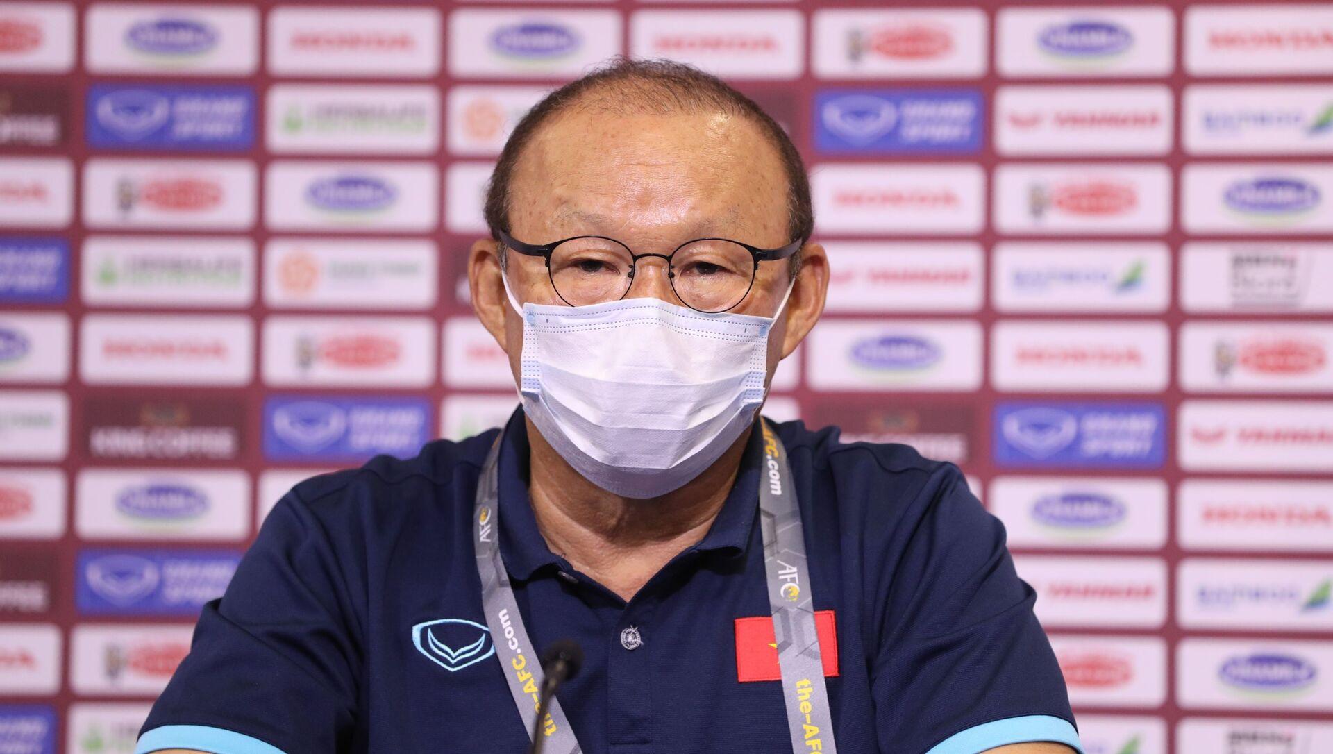 Vòng loại thứ 2 World Cup 2022 khu vực Châu Á: HLV Park Hang-seo đặt mục tiêu thắng UAE - Sputnik Việt Nam, 1920, 12.06.2021