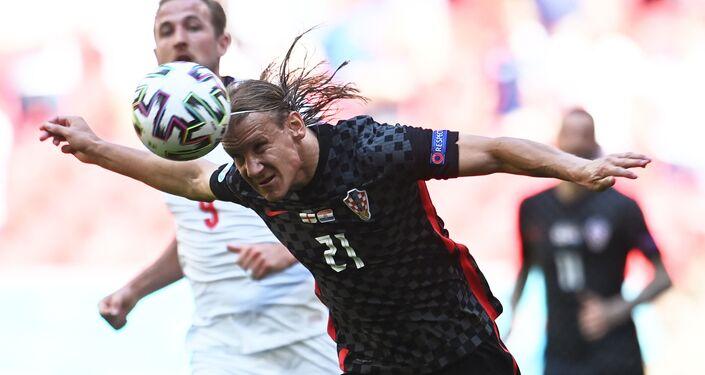Các cầu thủ Anh và Croatia trong trận đấu tại EURO 2020.