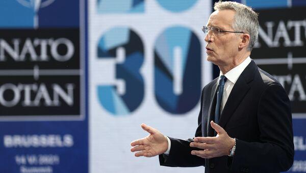 Tổng thư ký NATO Jens Stoltenberg. - Sputnik Việt Nam
