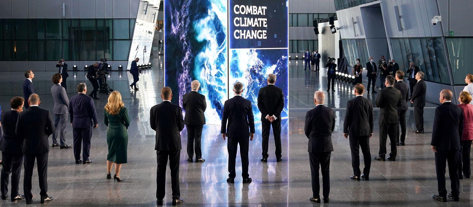 Các nguyên thủ quốc gia và chính phủ NATO trong Hội nghị thượng đỉnh NATO tại Brussels, Bỉ. - Sputnik Việt Nam, 1920, 15.06.2021
