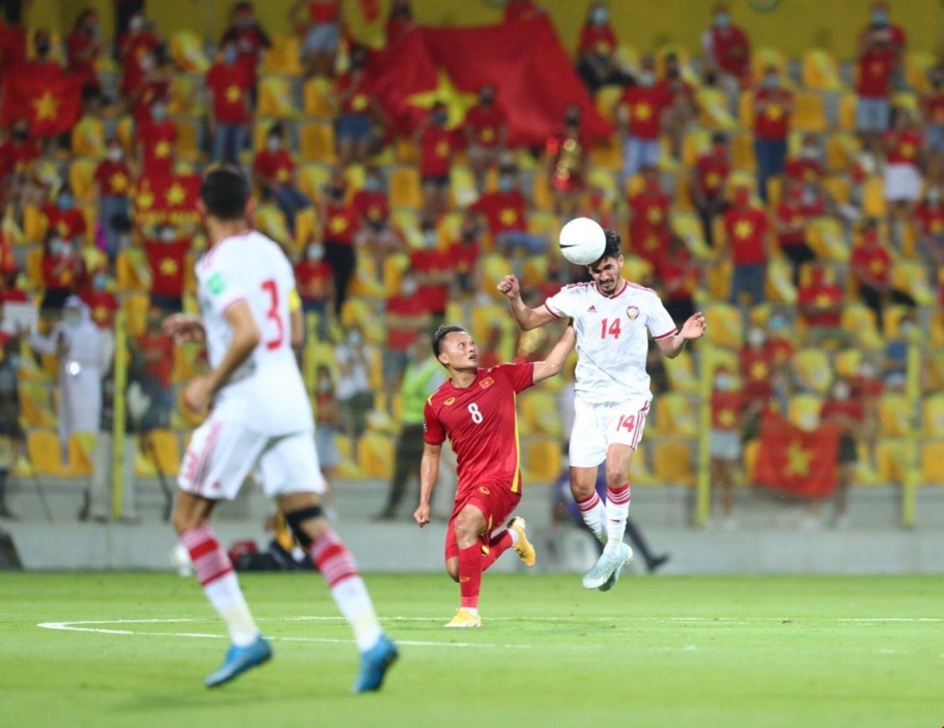 Thua UAE 3-2, Việt Nam vẫn 'làm điên đảo' vòng loại World Cup, khiến cả Đông Nam Á tự hào - Sputnik Việt Nam, 1920, 16.06.2021