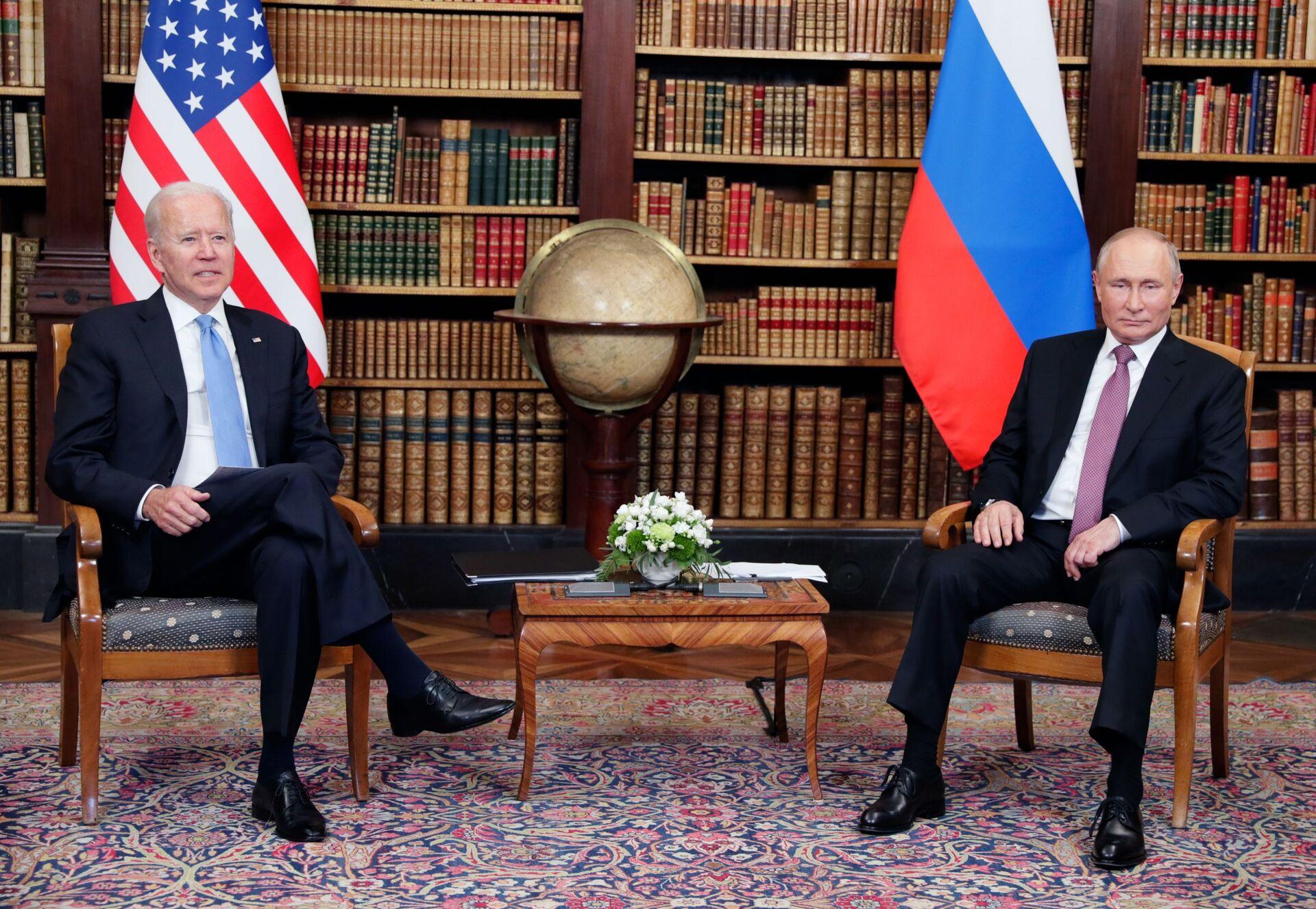 «Không phải tái khởi động mà trở lại bang giao bình thường»: Truyền thông thế giới nói về cuộc gặp Putin-Biden - Sputnik Việt Nam, 1920, 18.06.2021