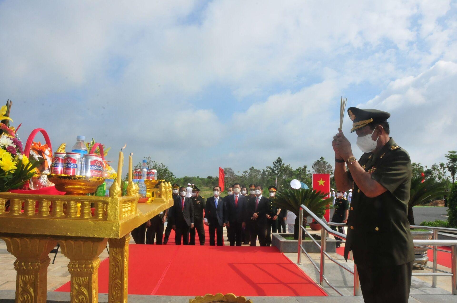 Bình Phước: Khánh thành công trình lưu niệm hành trình cứu nước của ông Hun Sen - Sputnik Việt Nam, 1920, 20.06.2021