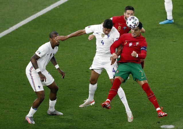 Trận đấu vòng bảng của Giải Vô địch Bóng đá châu Âu EURO 2020 giữa Bồ Đào Nha và đội tuyển Pháp