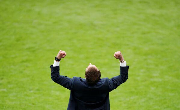 Huấn luyện viên đội tuyển Anh Gareth Southgate sau trận đấu UEFA EURO 2020 với Đức - Sputnik Việt Nam