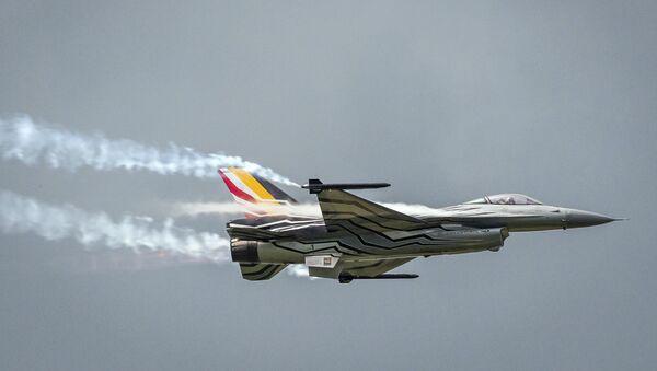 Máy bay chiến đấu F-16 của Bỉ  - Sputnik Việt Nam